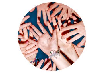 hands-many